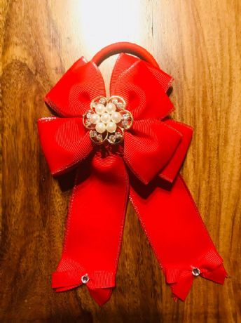 1 x 4 INCH RED CHEERLEADER HAIR BOW WITH CENTRE AND BOBBLE PERFECT GIFT